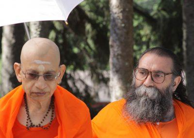 Prabhuji with Swami Viditatmananda-2