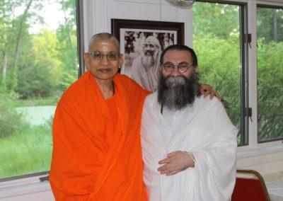 Prabhuji with Swami Viditatmananda-1