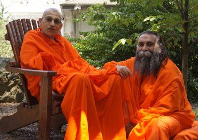 Prabhuji with Swami Viditatmananda-6