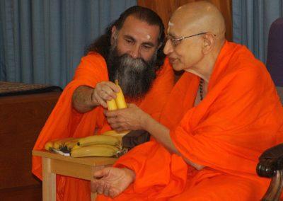 Prabhuji with Swami Viditatmananda-11