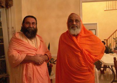 Prabhuji with Swami Dayananda