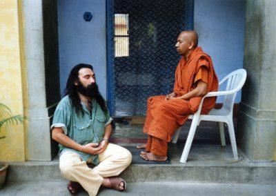 Prabhuji with a Buddhist monk-2
